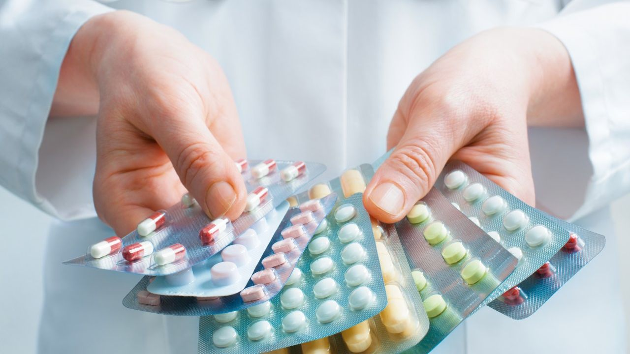Выпила антибиотики не знала что беременна