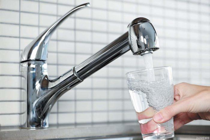 употребление неочищенной воды из-под крана