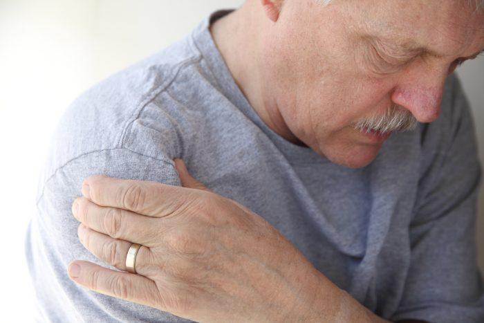 приступы боли в суставах